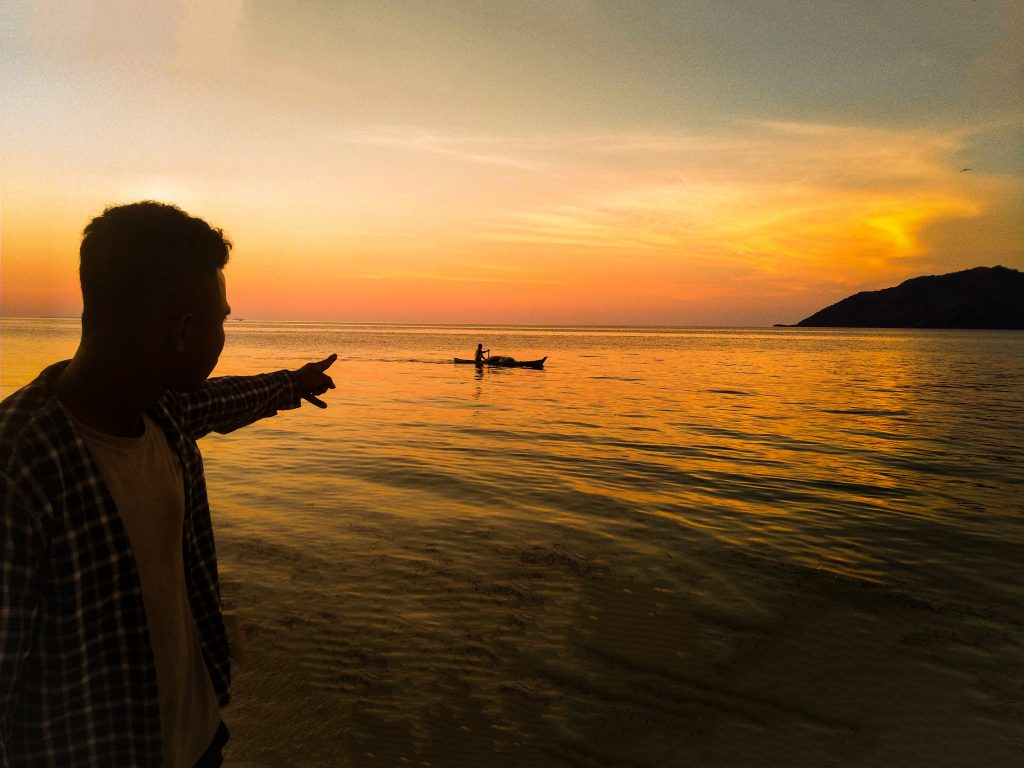 Come to Flores with Christian Peter and have a wonderful sunset in Flores Island.